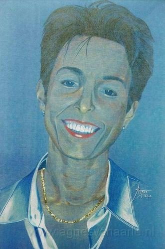 Portret in kleurpotlood op gekleurd papier